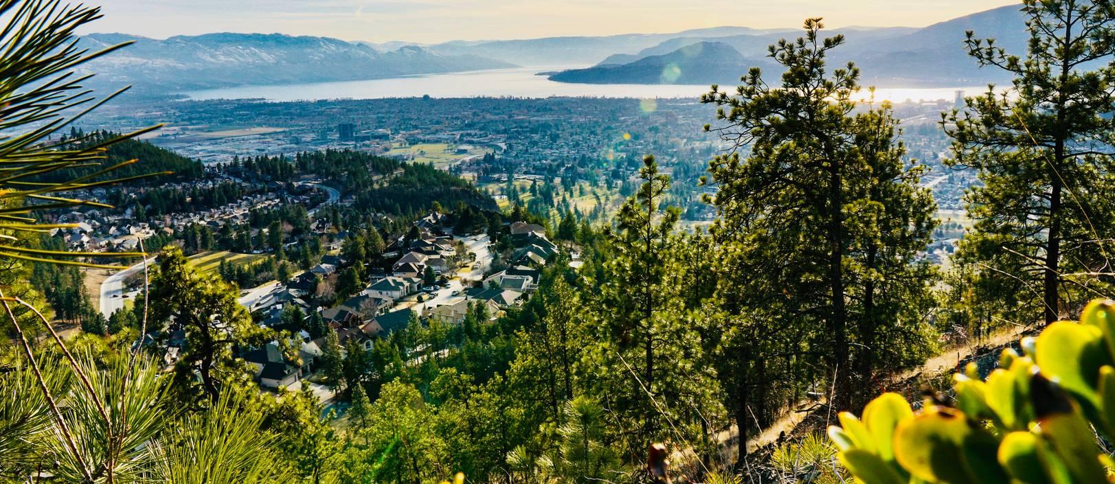 Dilworth Mountain Water Tower Hike Kelowna, BC