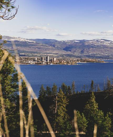 Bear Creek: Canyon Rim Trail Hike West Kelowna, BC